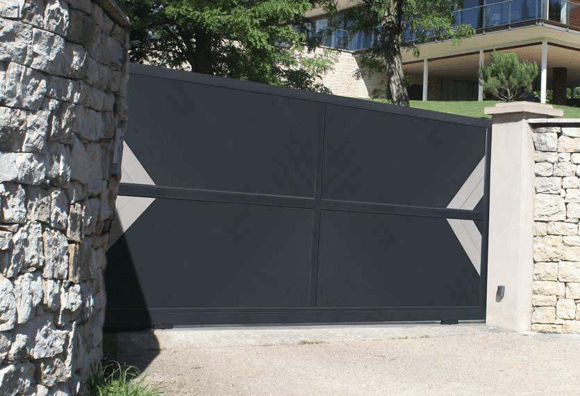Abacus supply horizal aluminium and metal gates, driveway gates and more